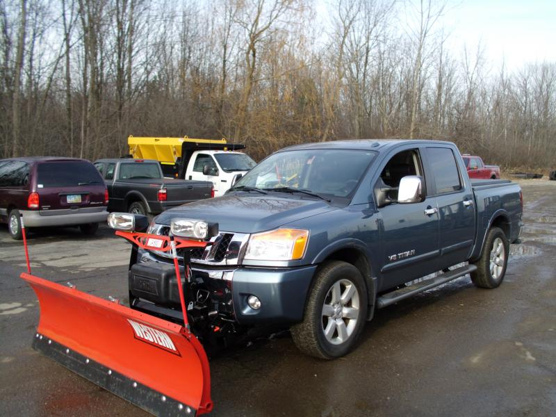 Nissan Pickup With Western HTS Plow